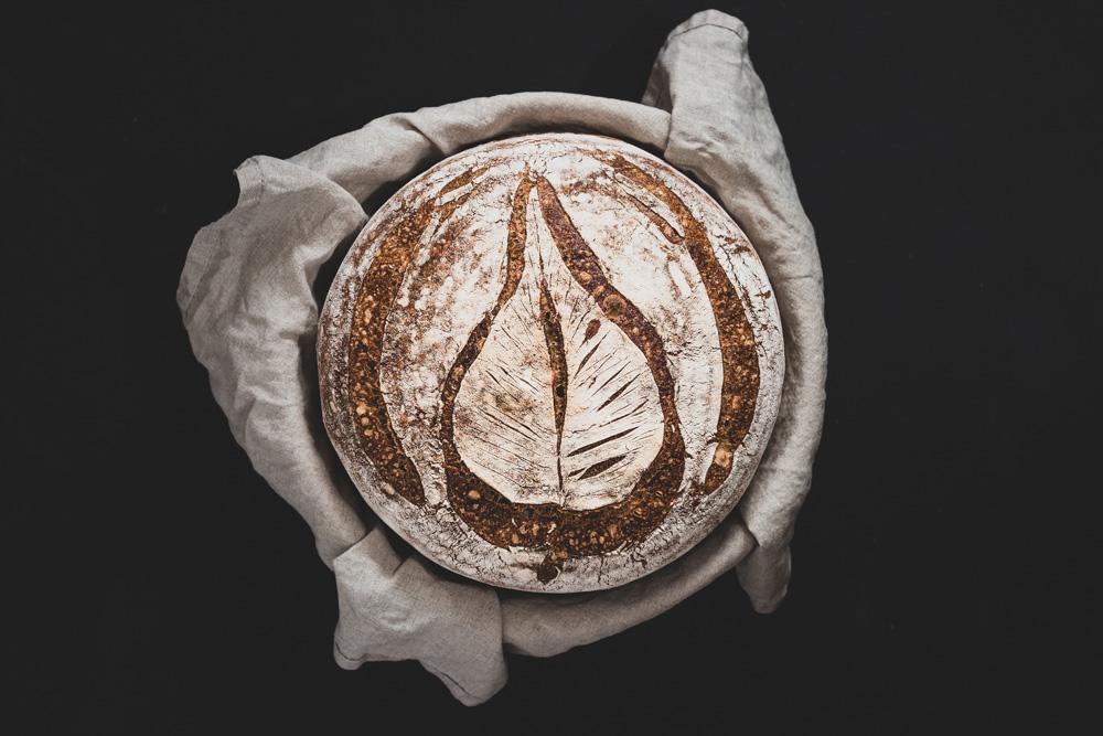 Ein sehr schnelles Weizenbrot zu Hause selbst gebacken? Ganz einfach!