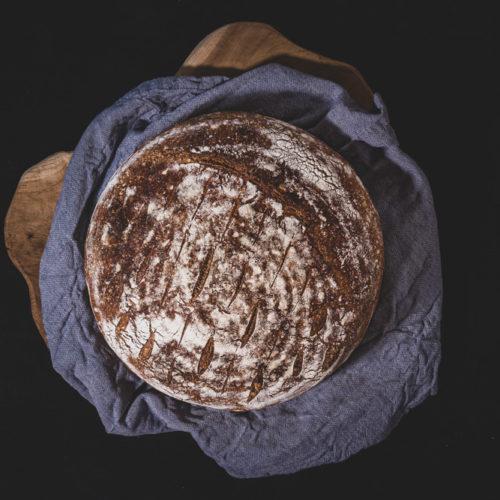 Ein Brot selber backen zu Hause macht Spaß!